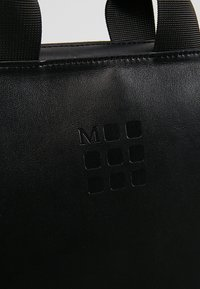 Moleskine - CLASSIC DEVICE BAG VERT - Batoh - black - 8