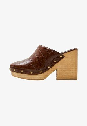 CLOG - Sandaler - brown