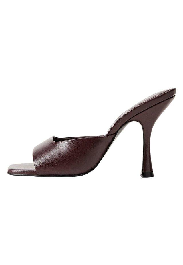 LUTE - High Heel Sandalette - weinrot