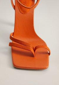 Mango - ALTO - Sandaler med høye hæler - orange - 5