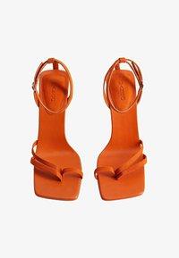 Mango - ALTO - Sandaler med høye hæler - orange - 1
