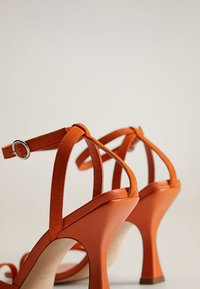 Mango - ALTO - Sandaler med høye hæler - orange - 4