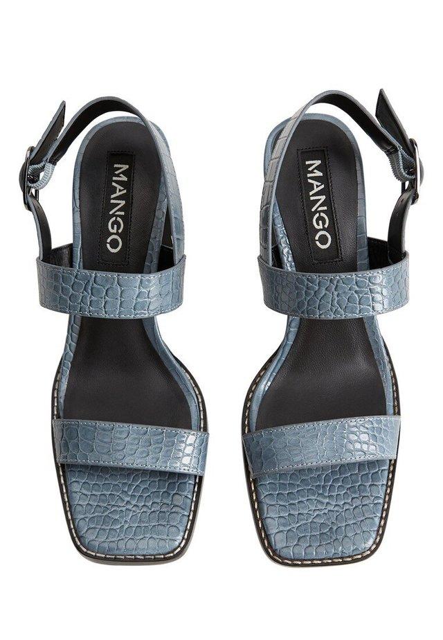 TEEN - Sandaalit nilkkaremmillä - blau