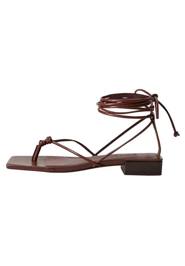CORDON - Sandaalit nilkkaremmillä - weinrot