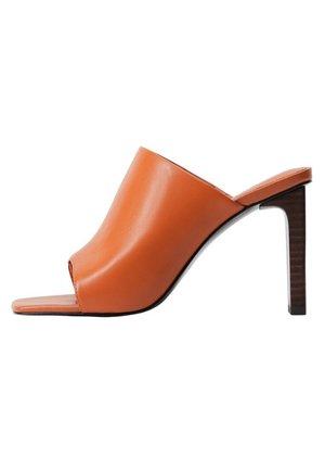 TON - Sandaler med høye hæler - orange