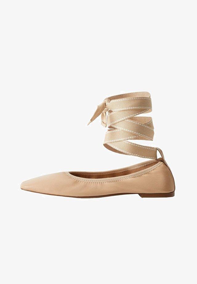 BALLET - Ankle strap ballet pumps - nude