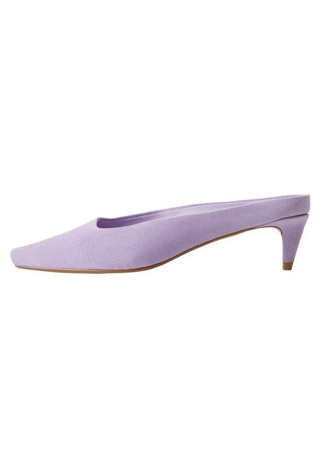 Peeptoe heels - lila