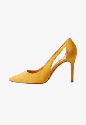 SCHUH - Zapatos altos - senfgelb