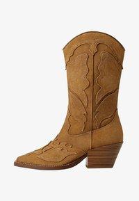 Mango - BUTTER - Cowboy/biker ankle boot - sand - 0