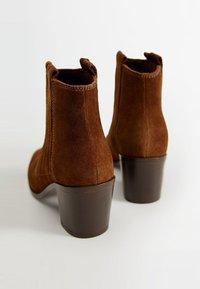 Mango - DESERT - Cowboy/biker ankle boot - brown - 3