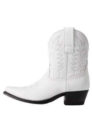 COWBOY-STIEFELETTE AUS LEDER - Cowboystøvletter - white