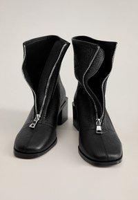 Mango - ZAPE - Classic ankle boots - schwarz - 3