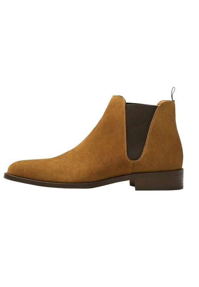 STIVALETTI ELASTICIZZATI CROSTA DI CUOIO - Classic ankle boots - sabbia