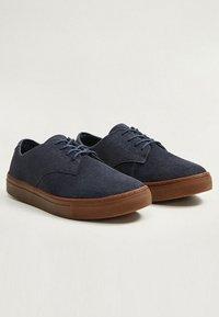 Mango - PUTXET - Sneakersy niskie - blue - 2
