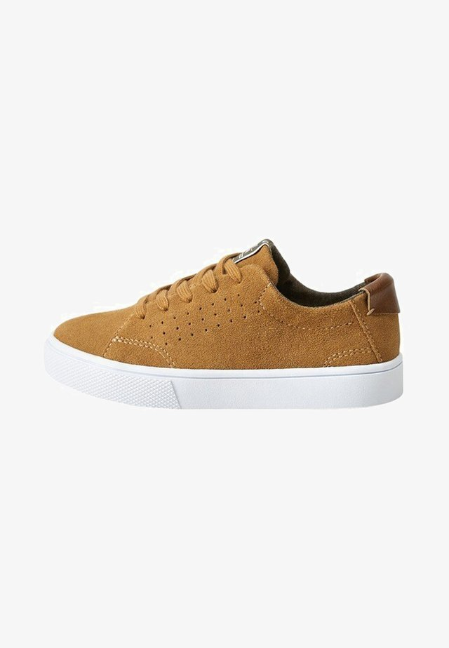 CAMPBELL - Sneakers - brown
