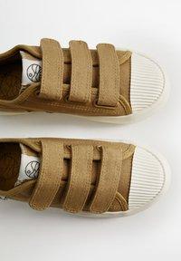 Mango - EDGEWATE - Baskets basses - beige - 3