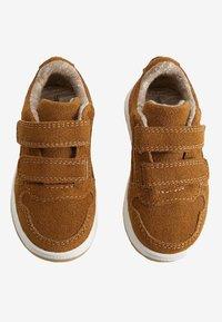Mango - JOURNAL - Zapatos de bebé - brown - 1
