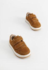 Mango - JOURNAL - Zapatos de bebé - brown - 3