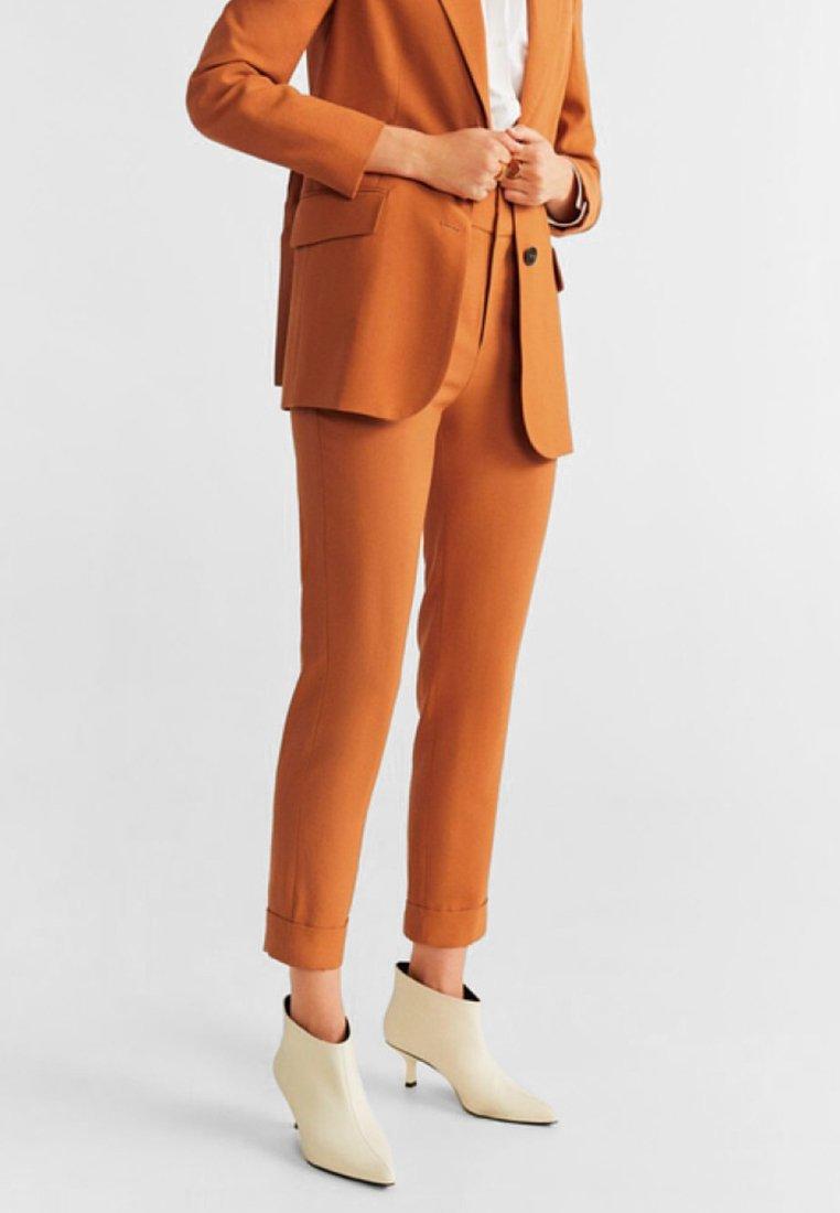 Mango - TULIPAN - Pantalon classique - orange