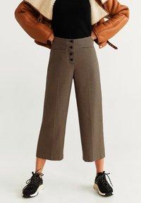 Mango - CELSO - Pantalon classique - sandfarben - 0