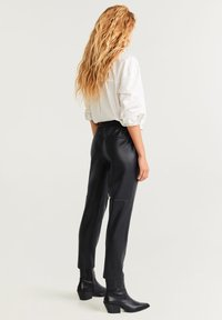 Mango - APPLE - Trousers - black - 2