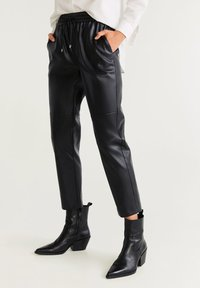 Mango - APPLE - Trousers - black - 0
