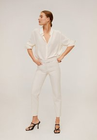 Mango - ALBERTO - Broek - Cream white - 1