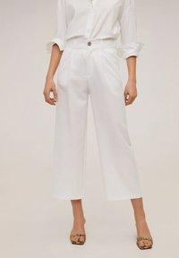 Mango - RENOIR-H - Pantalones - white - 0