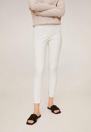 LOGO - Pantalon classique - cremeweiß