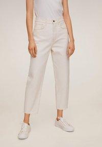 Mango - VILLAGE - Jeans Straight Leg - ecru - 0
