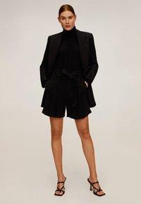 Mango - NUEL - Shorts - black - 1