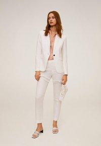 Mango - BORELI - Trousers - weiß - 1