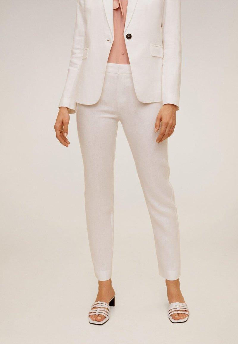 Mango - BORELI - Trousers - weiß