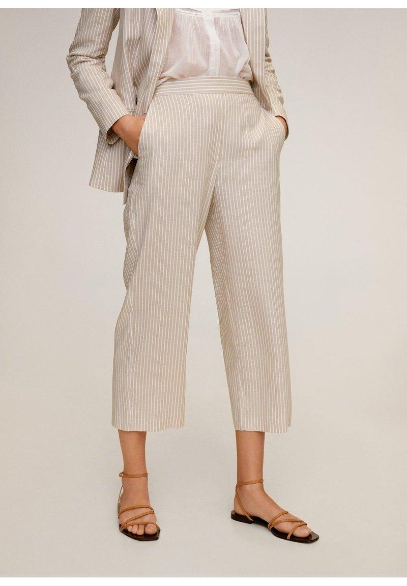 Mango - WAVE - Spodnie materiałowe - beige