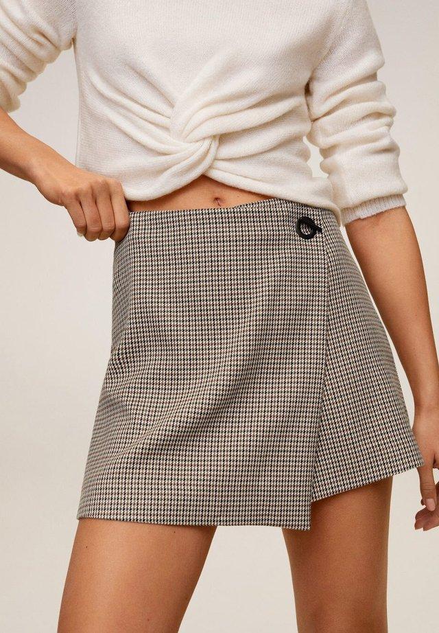 PIED-DE-POULE BROEKROK - Shorts - bruin