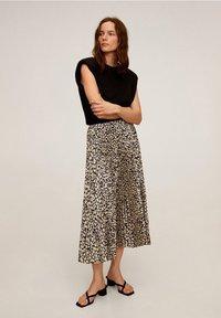 Mango - PLISADO - Pleated skirt - schwarz - 1