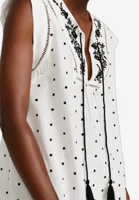 Mango - DOTY - Robe d'été - off-white - 4