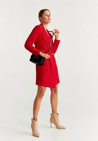 Mango - GARAZI - Robe fourreau - red - 1