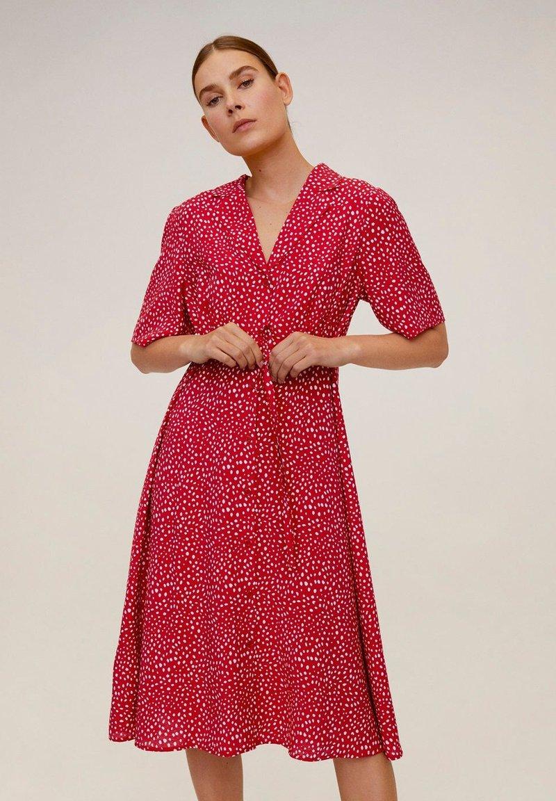Mango - GRECO-H - Robe chemise - red