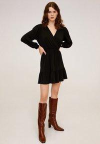 Mango - MOSS - Korte jurk - black - 1