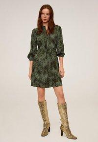 Mango - CASCABEL - Shirt dress - green - 1