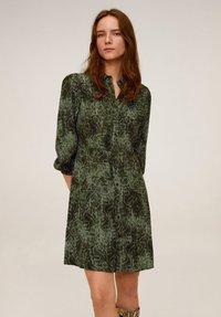 Mango - CASCABEL - Shirt dress - green - 0