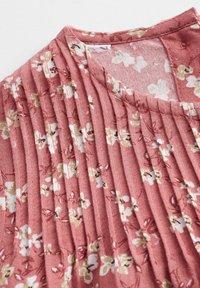 Mango - KLEID MIT BLUMENDRUCK - Day dress - geranienrosa - 3