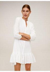 Mango - LACROSSE - Korte jurk - weiß - 0
