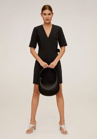 Mango - BORECUAD - Korte jurk - schwarz - 1