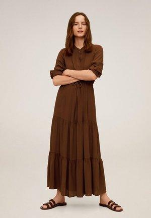 CANYON - Robe longue - braun