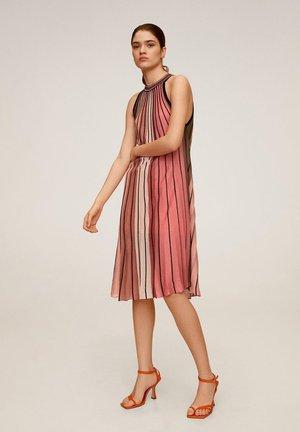 COMMETA - Vestito di maglina - pink