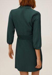 Mango - TUXEDO - Shirt dress - grün - 2