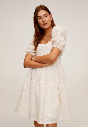 STUART - Korte jurk - cremeweiß