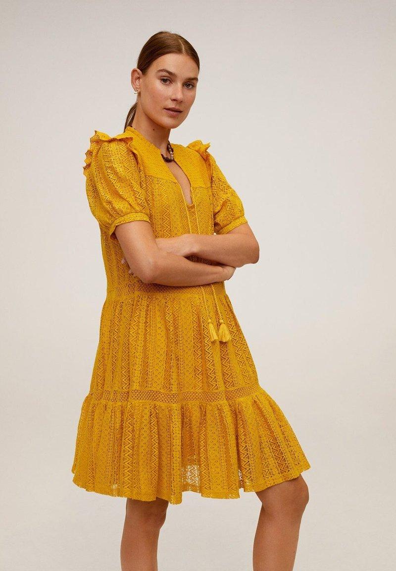 Mango - PASION - Day dress - senfgelb